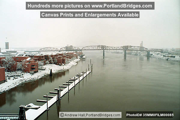 Broadway Bridge, Portland Snow