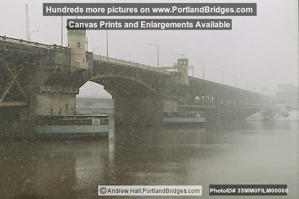 Burnside Bridge, Portland Snow