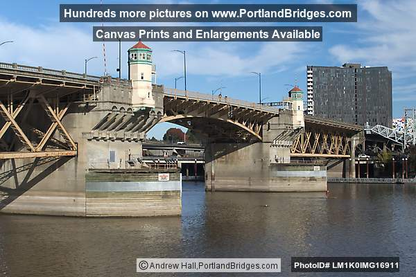 Burnside Bridge from Waterfront Park (Portland, Oregon)