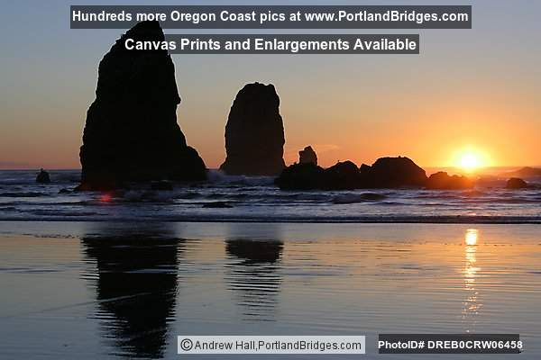 Sunset, Cannon Beach, Oregon Coast (Portland, Oregon)