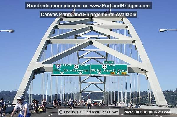 Approach to Fremont Bridge (Portland, Oregon)