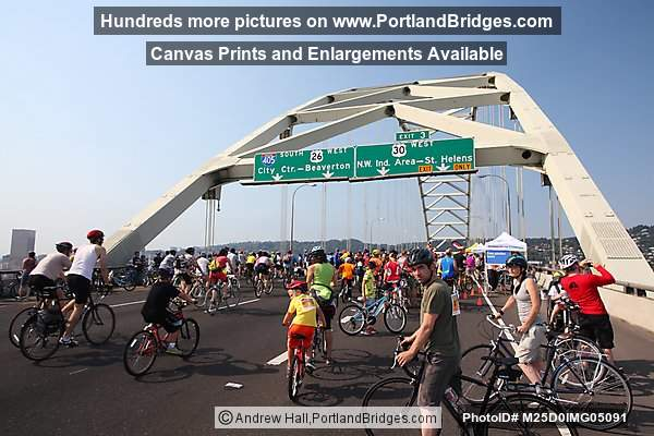 Fremont Bridge, Cyclists, Bridge Pedal 2012 (Portland, Oregon)