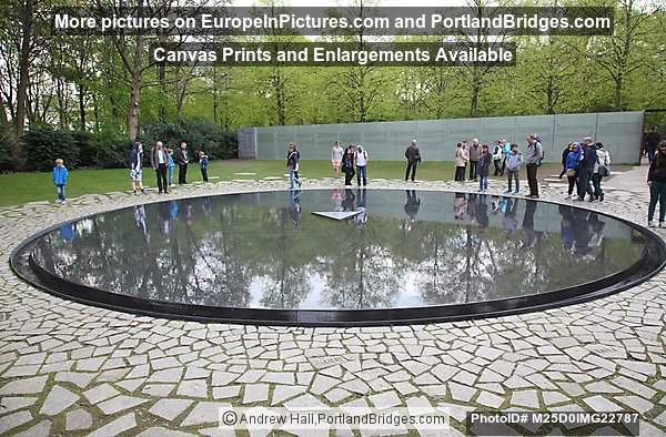 Memorial to the Sinti and Roma victims of National Socialism, Berlin