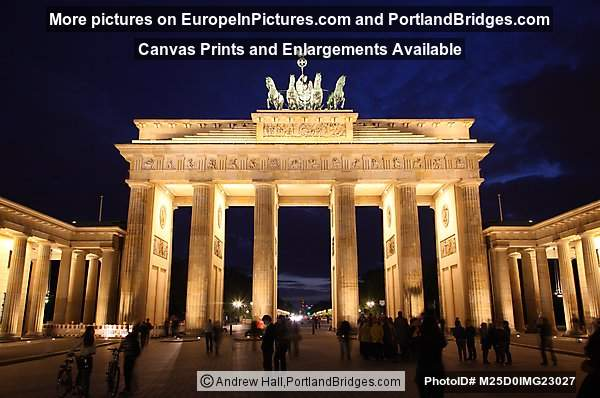 Brandenburg Gate, Night, Berlin, Germany