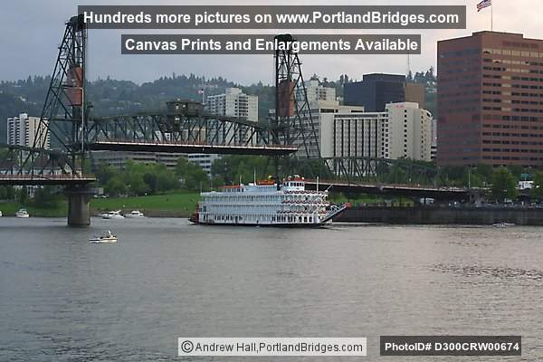 Queen Of The West, Willamette River, Hawthorne Bridge (Portland, Oregon)