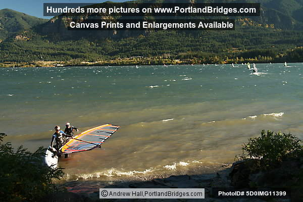 Columbia River Gorge, Windsurfers Stevenson, Washington