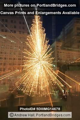 Pioneer Courthouse Square, Portland, Christmas Tree, Experimental