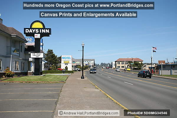 Downtown Newport, Oregon, Highway 101, Days Inn