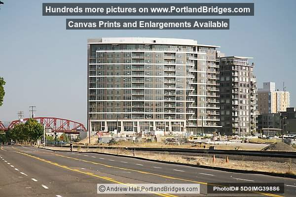 Pearl District Apartments (Portland, Oregon) Photo 5D0IMG39886