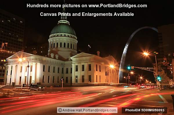 St. Louis Old Courthouse, Gateway Arch, Night, Car Light Streaks
