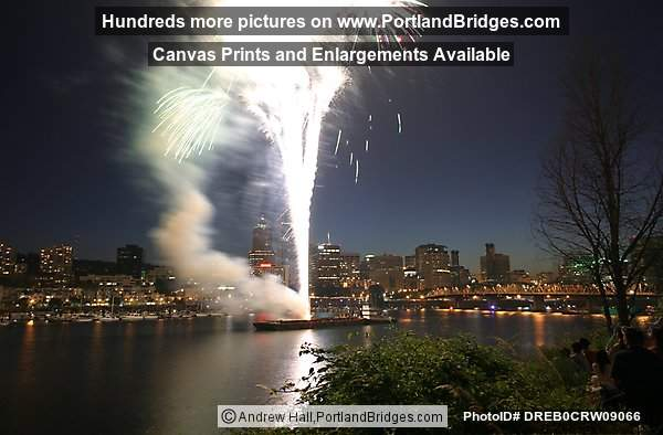 July 4th 2005 Portland Fireworks, Willamette River
