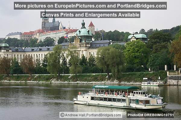 Prague Castle and Boat