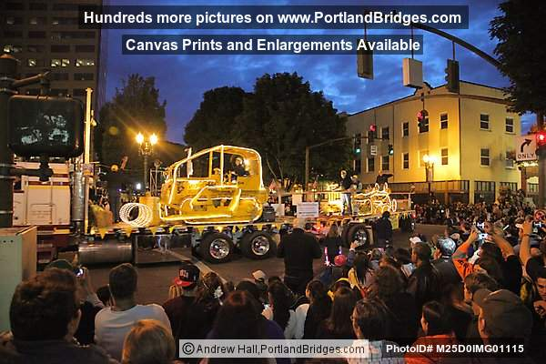 Starlight Parade 2012: Antique Caterpillar Machinery Museum (Portland, Oregon)