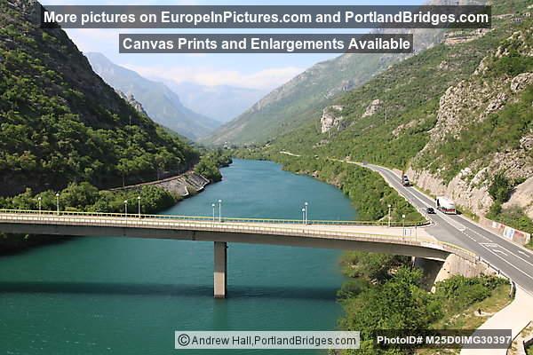 Neretva River, Neretva Valley, between Mostar and Sarajevo