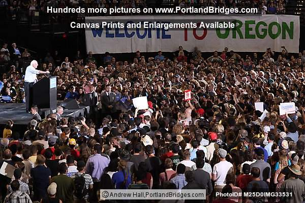 Bernie Sanders, Moda Center, Portland, Oregon