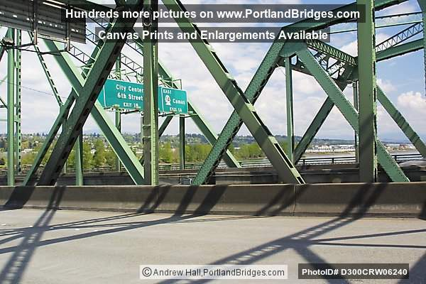Interstate Bridge between Oregon and Washington (Portland