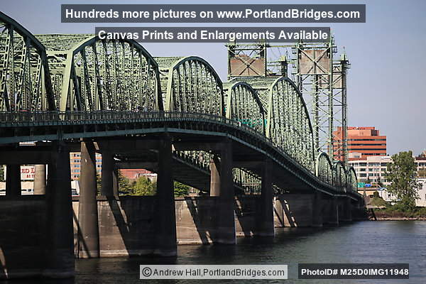 Interstate Bridge from Oregon side, looking north (Portland, Oregon)