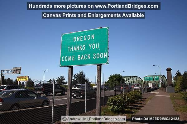 Oregon Thanks You sign at Interstate Bridge (Portland, Oregon)