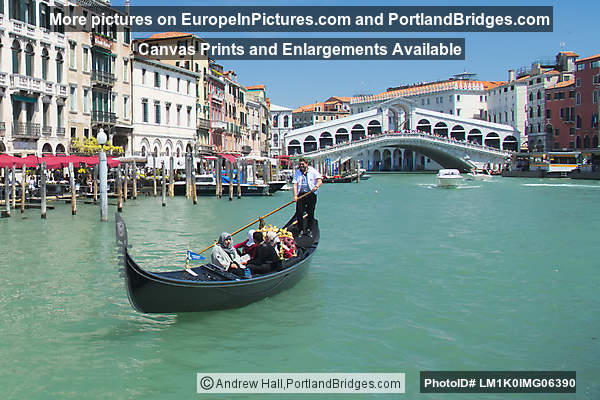 Gondola on Grand Canal, Rialto Bridge