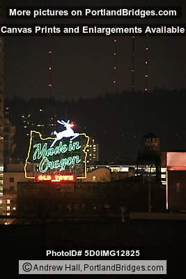 Former Made in Oregon Sign (Portland, Oregon)