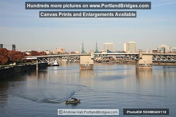 Morrison Bridge, Willamette River