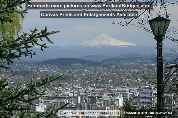 Mt.Hood, view from Pittock Mansion (Portland, Oregon)