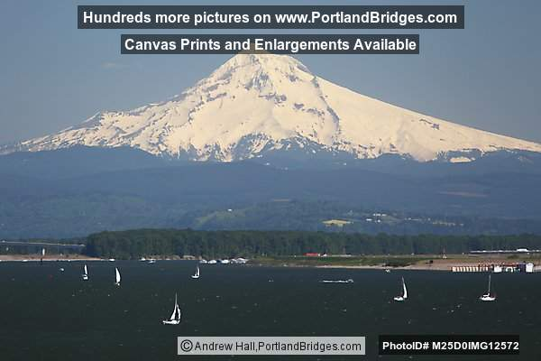 Mt. Hood, Boats, Columbia River (Portland, Oregon)