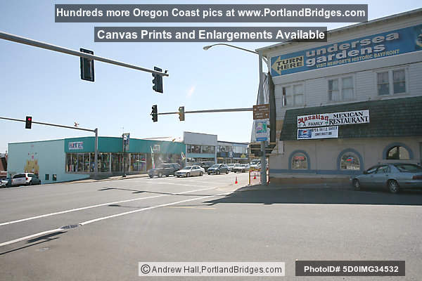 Downtown Newport, Oregon, Highway 101