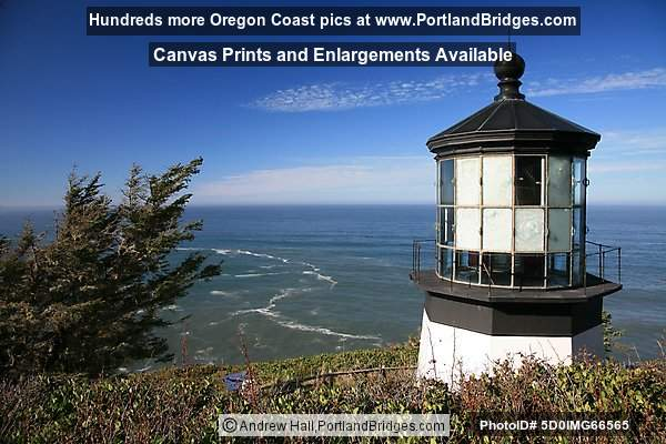 Cape Meares Lighthouse (glass damaged)