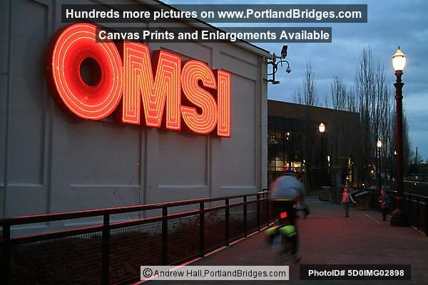 OMSI Sign at Dusk (Portland, Oregon)