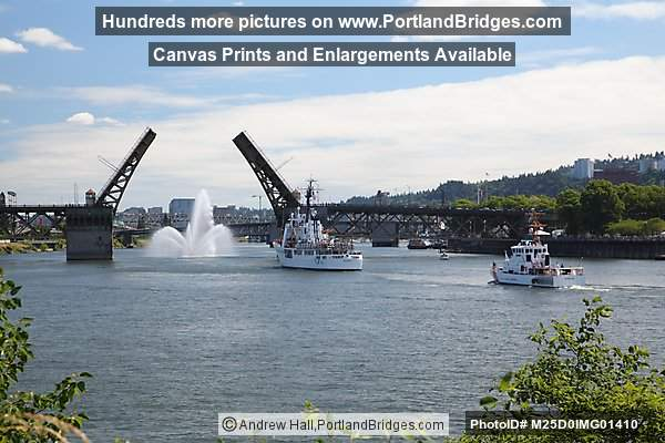 Burnside Bridge Open, USCGC Alert and USCGC Adelie (Coast Guard Cutters) (Portland, Oregon)