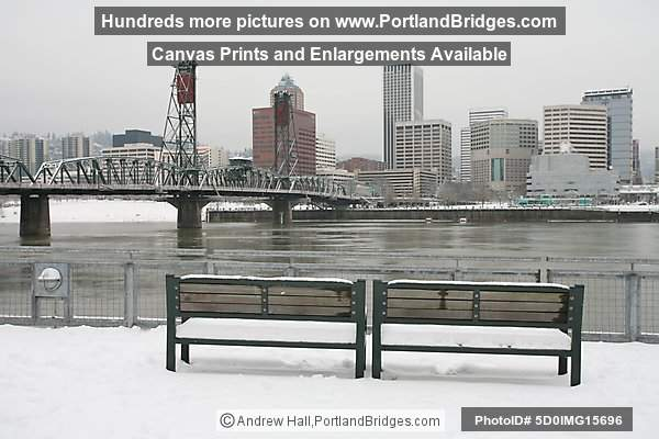 Hawthorne Bridge, Snow, Benches, City View (Portland, Oregon)