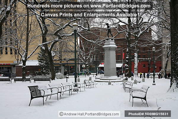 Lownsdale Square, Portland