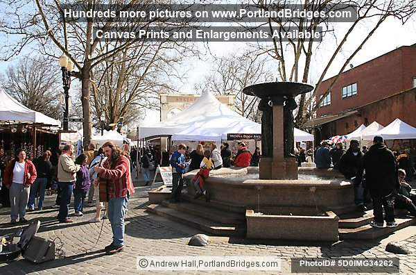 Saturday Market, Skidmore Fountain (Portland, Oregon)