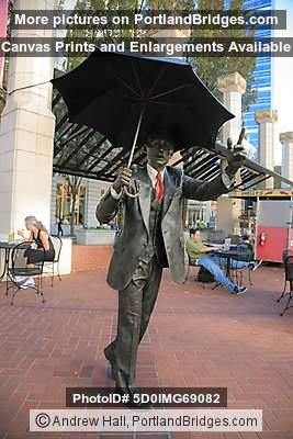 Umbrella Man, Portland, Pioneer Courthouse Square
