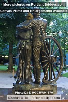 Oregon Pioneer Statue, downtown Portland