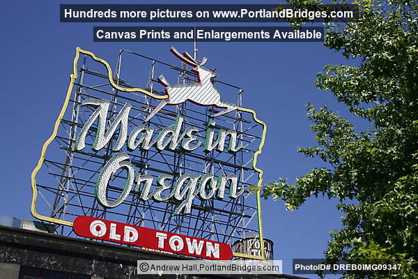 Made in Oregon Sign, Daytime (Portland, Oregon)