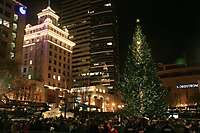 Portland 2010 Christmas Tree Lighting, Pioneer Courthouse Square