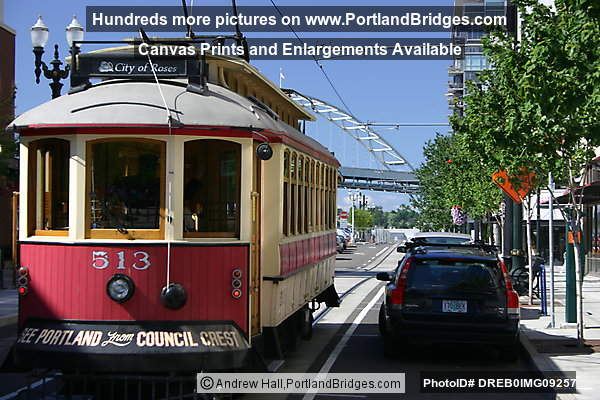 Pearl District, Vintage Trolley (Portland, Oregon)