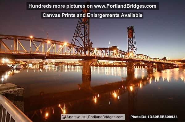 Hawthorne Bridge, Daybreak (Portland, Oregon)