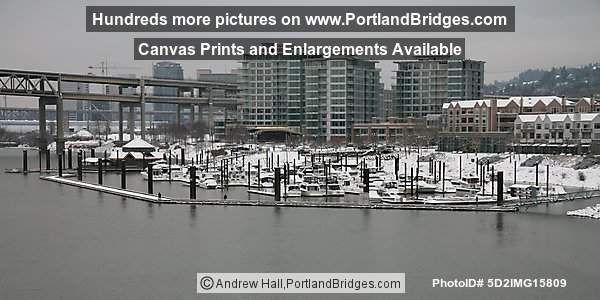 The Strand, Portland, Oregon, Riverplace Marina, Snow