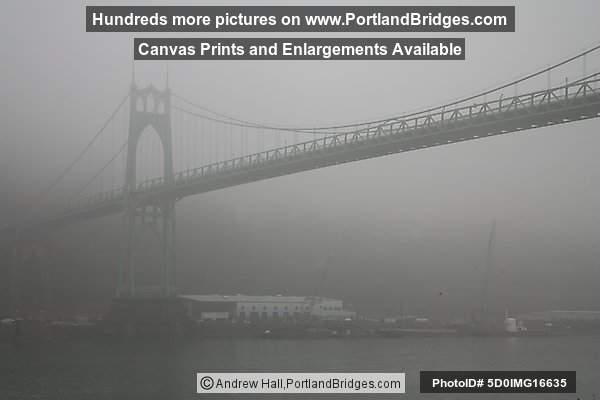 St. Johns Bridge, Fog (Portland, Oregon)