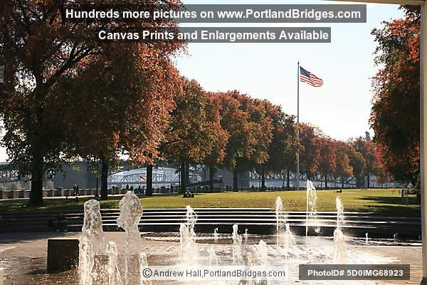 Tom McCall Waterfront Park, Fountains, Fall Leaves (Portland, Oregon)