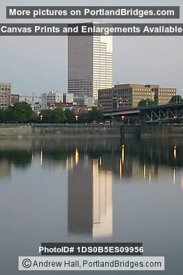 Willamette River reflections, US Bancorp Tower, Morning
